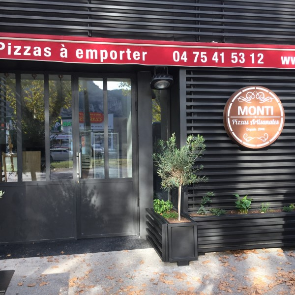 Vignette illustrant PIZZA MONTI